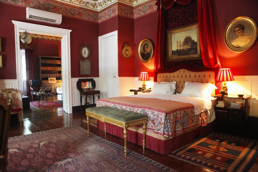 Luxury Red Room